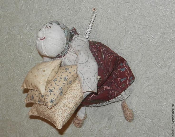 """Человечки ручной работы. Ярмарка Мастеров - ручная работа Кукла-игольница """"Марфуша"""". Handmade."""
