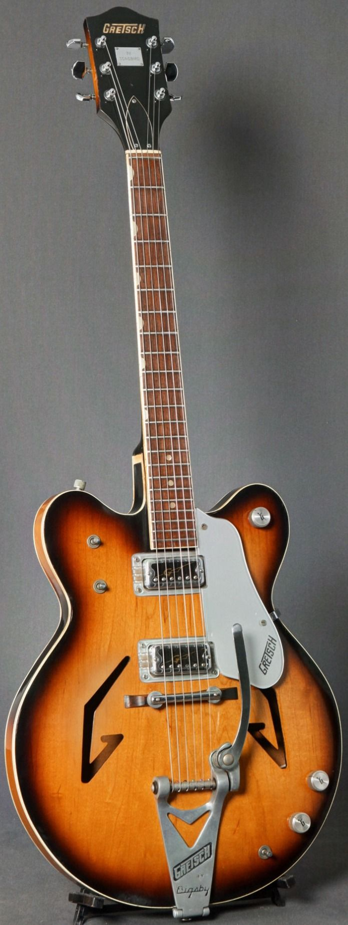 1967 Gretsch Songbird 711 --- https://www.pinterest.com/lardyfatboy/
