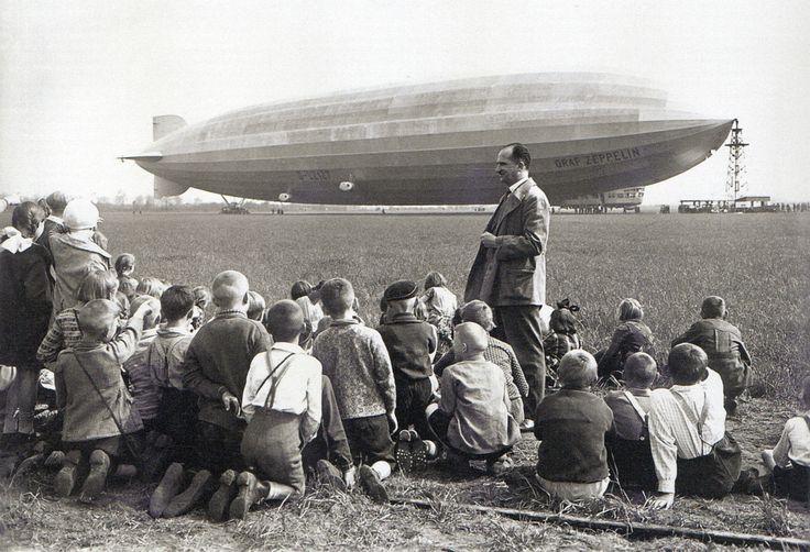 Willy Römer, Berlin Staaken, LZ 127 Graf Zeppelin, 1931.