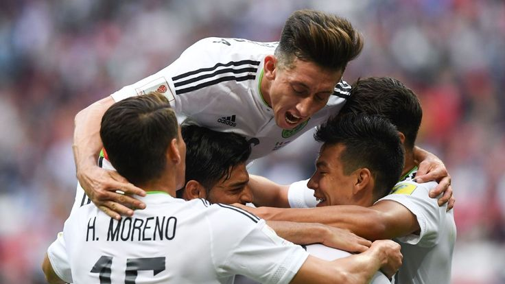 Mexico weathers early Russian storm, fights back to reach Confed Cup semis
