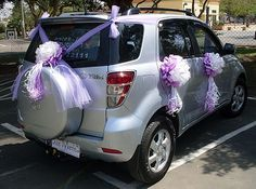 how to decorate jeep wrangler for wedding - Google Search