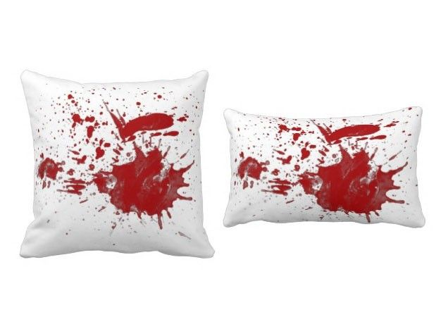 bloody beauty would be easy to make - Bloody Halloween Decorations