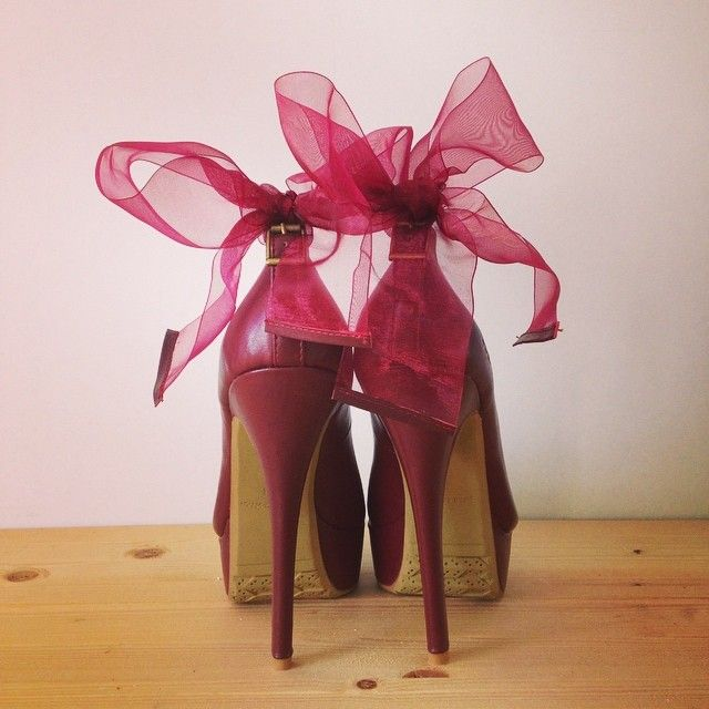 #TheStrutter #PiaHaugseth #TagYourShoes  Pumps with the cutest bow! <3