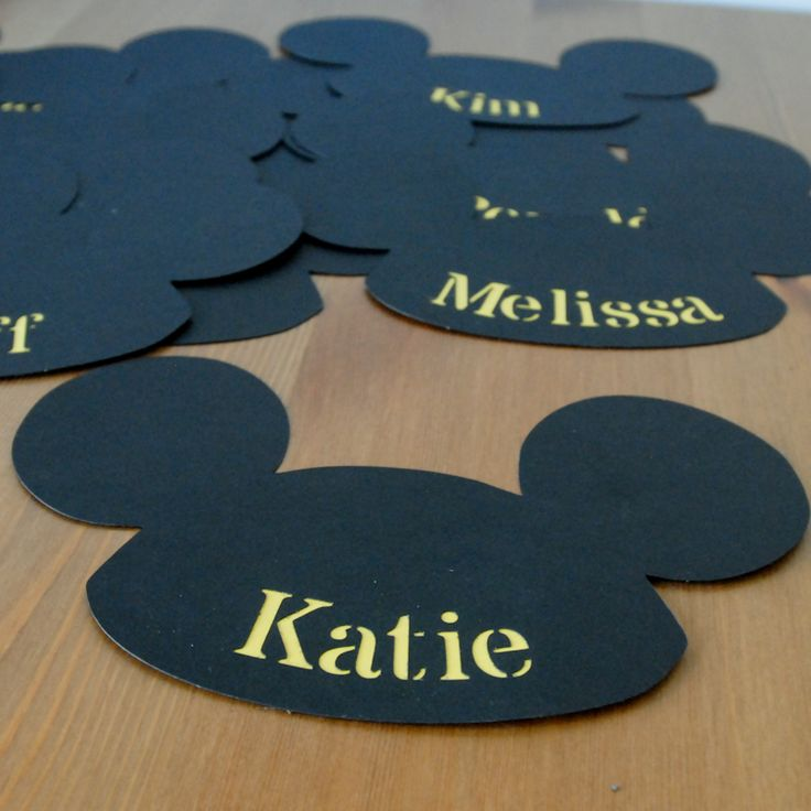 Disney Cruise Door Decorations, Lille Mickey Ear hat name sign | domesticated-engineer.com
