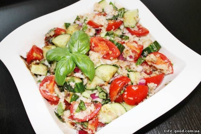 Panzanella - салат с хлебом и помидорами