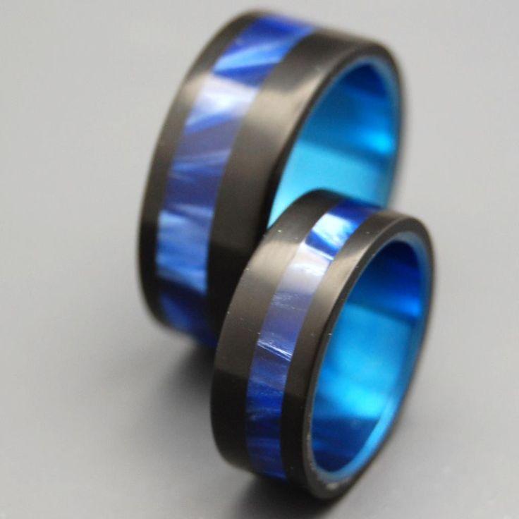 Unique Wedding Rings   Titanium Rings - Avec Vous   Titanium Rings   Minter + Richter http://www.minterandrichterdesigns.com/products/titanium-wedding-rings-avec-vous