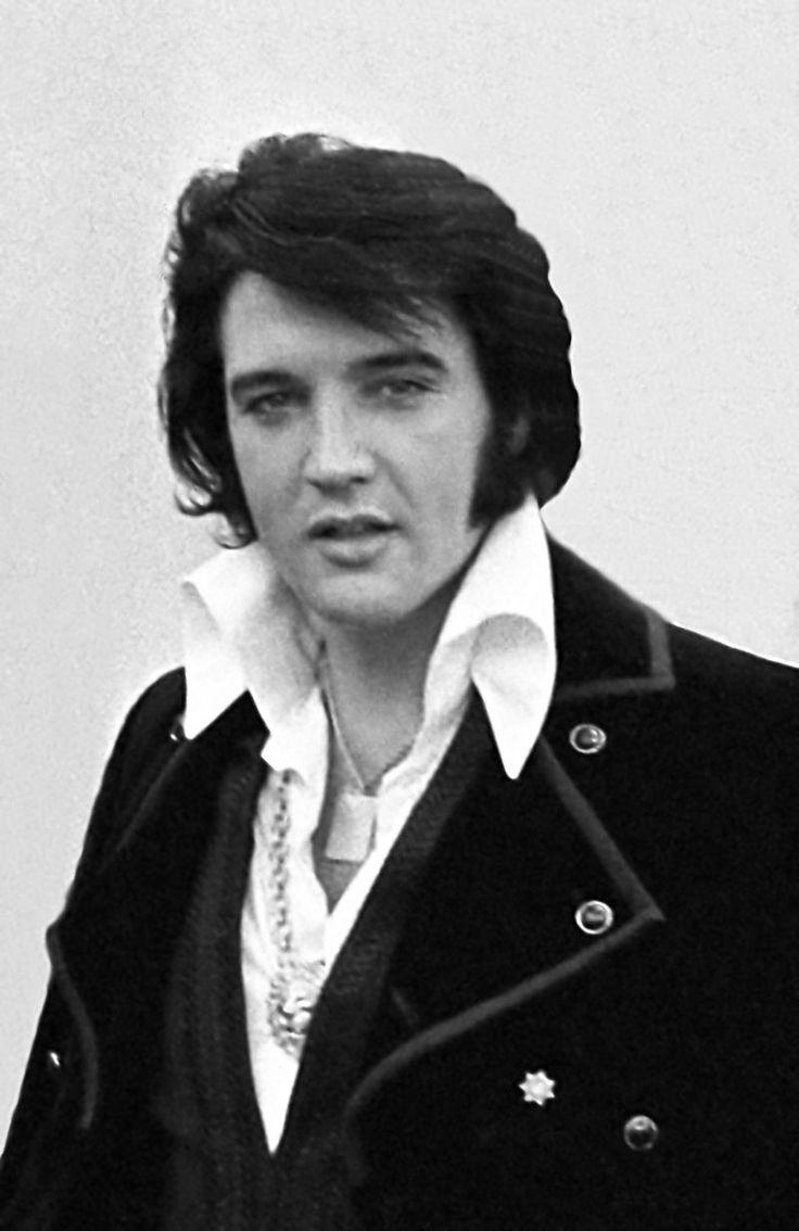 Este posibil ca Elvis Presley să-şi fi înscenat cu adevărat moartea? Unele teorii ale conspirației susțin că idolul rock and roll, unul dintre cei mai mari artiști din istoria omenirii …