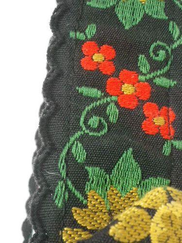 Folklore Stickerei Trachtengürtel Dirndl  ... könnte man solche Gürtel nicht aus schöner Borte machen?