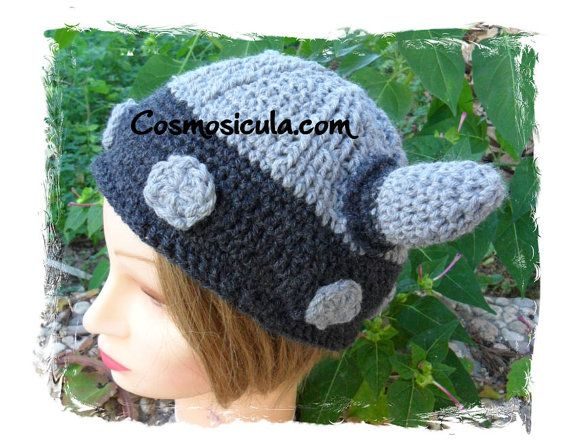 Crochet wool helmet. Available to order in all di Cosmosicula, $55.00