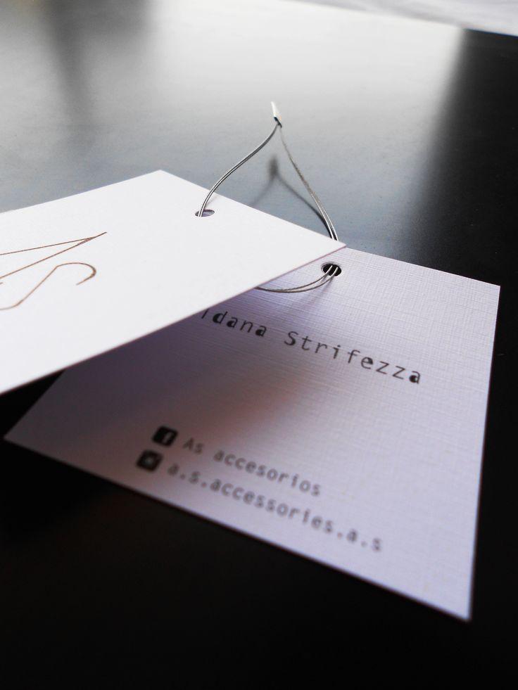 diseño hangtag by Aldana Strifezza design  graphic desing  typo typography letters