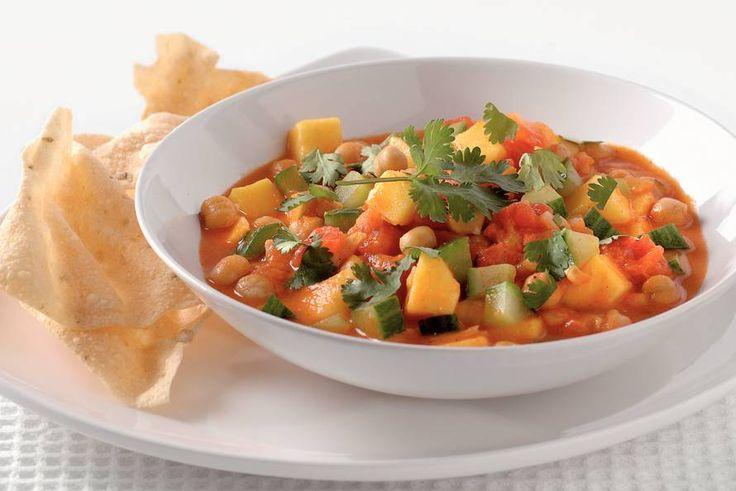 Kijk wat een lekker recept ik heb gevonden op Allerhande! Indiase curry met kikkererwten en mango