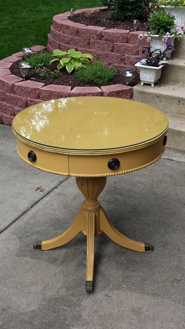 Table Makeover By Paint Charming - Featured On Furniture Flippin' - Annie Sloan Aries Chalk Paint