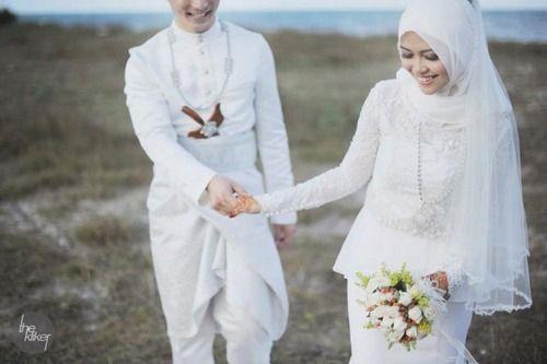 Simple Peplum touch. Malay wedding