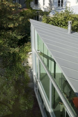 High Quality A Very Successful Rehabilitation And Extension! House In Paris (France)