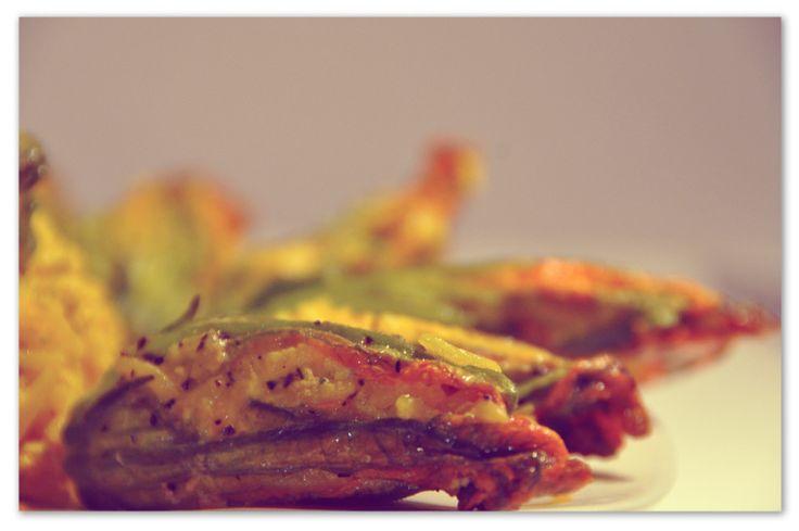 Fiori di zucca con crema di zafferano #zucca #zafferano #ricette #fioridizucca #zucchini #zucchine #pinalapeppina #autunno
