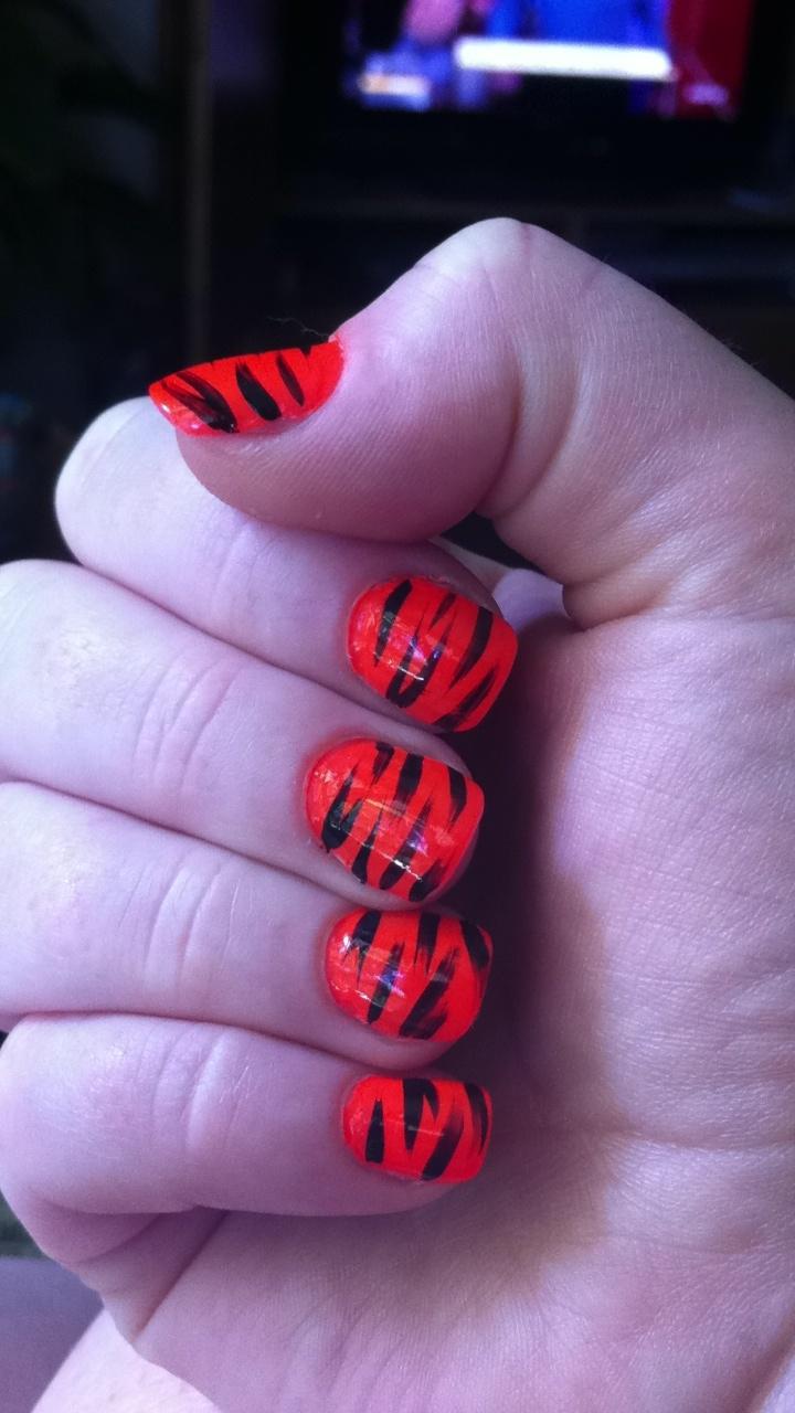 7 besten Tiger nails Bilder auf Pinterest   Lacke, Super und Tiger ...