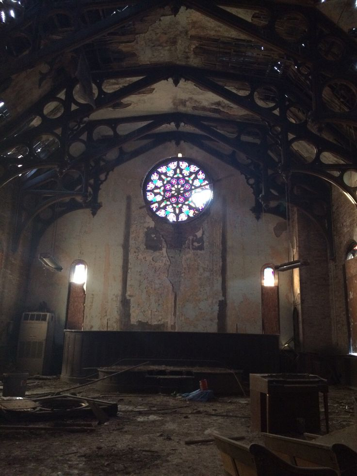 Abandoned church in Iowa [1136x640]