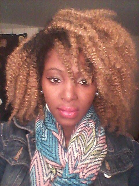 Blond crochet braids marley hair