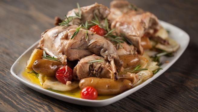 Lapin confit à l'huile d'olive de Chrystine Brouillet | Recettes | Signé M | Émission TVA