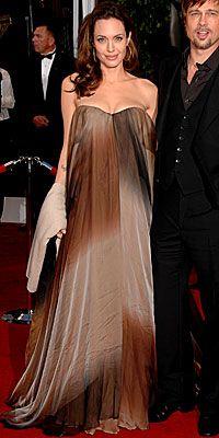 Angelina Jolie I Maternity Style