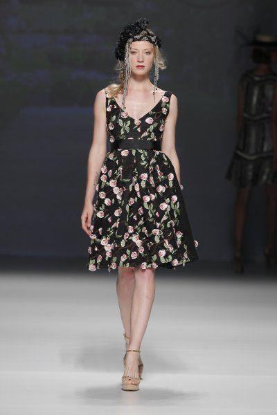 Os vestidos de festa boho-chic de Matilde Cano 2015 Image: 5