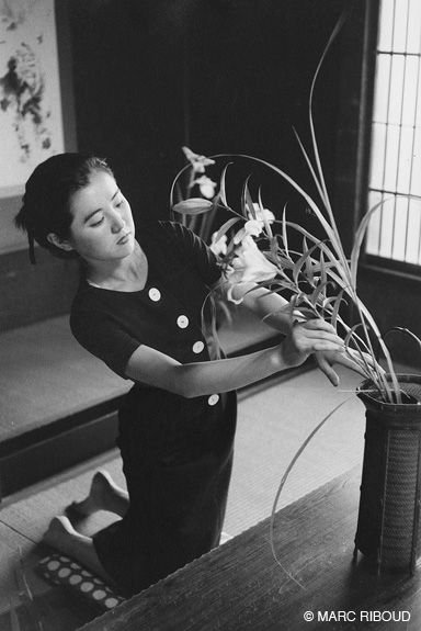 Japan 1958 ~ Photo by Marc Riboud