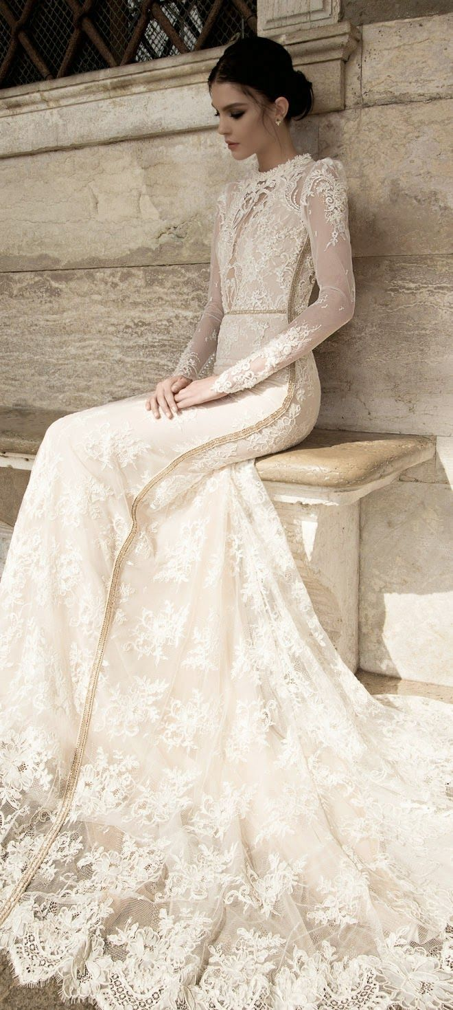 5 Winter Wedding Must Haves - A Long Sleeve Wedding Dress