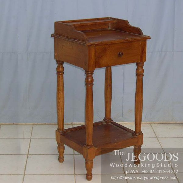 We produce colonial contemporary side table furniture made of solid teak wood. Best traditional #handmade craftsmanship with high quality at affordable price. #teakfurniture #sidetable #furniturefactory #furniturewarehouse #teaktable #colonialfurniture #indonesiafurniture