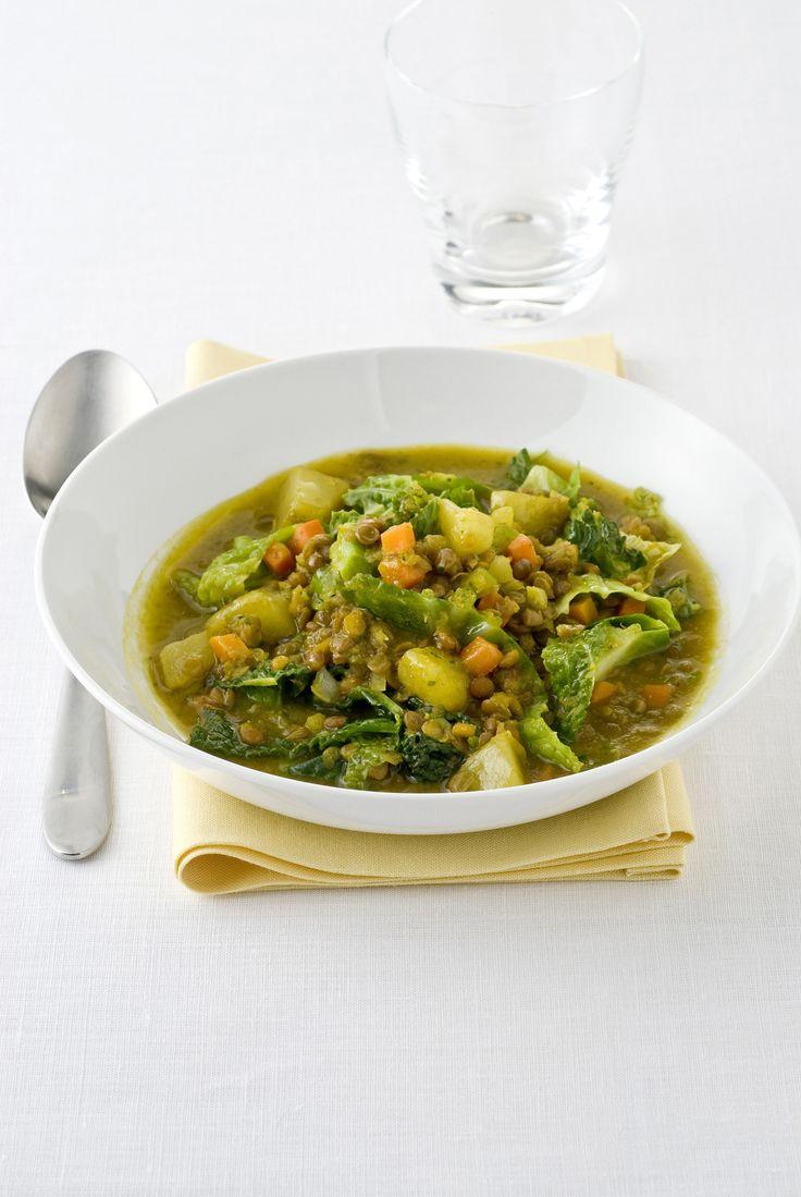 Scopri come realizzare una squisita variante della tradizionale zuppa di lenticchie, perfetta per le feste di Natale