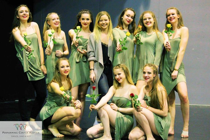 When a choreographer devotes her dancers roses at a dance competition...  #dance #dancing #like #roses #great #beautiful #picoftheday #touching #instagood #happy #lifeisgood #instalike #passion #fun #contest #spirit #feeling #exciting #youth #energy #love #webstagram #power #teamspirit #ao17 #asdu #yeswedance #arenanova @performingcenteraustria