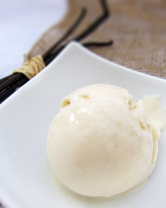 glace végétalienne à la vanille végétarien vegan vegetalien