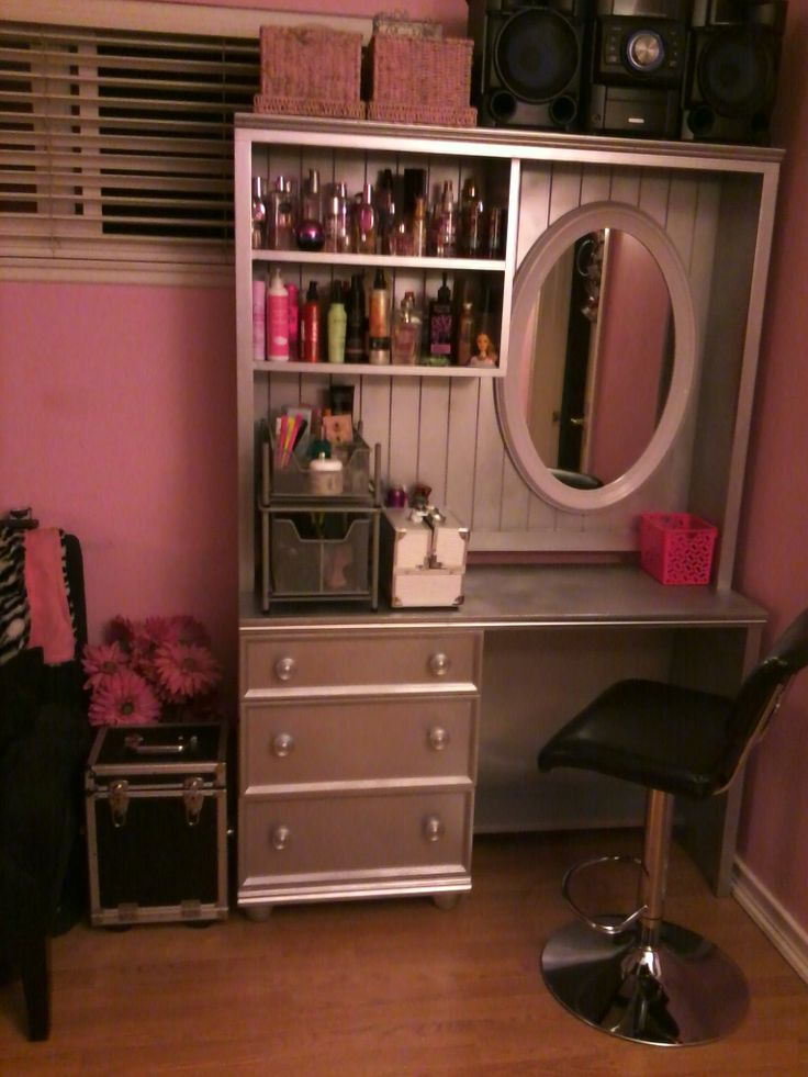 544 best grooming business decor images on pinterest dog turn a second hand desk and hutch into a salon station for your beauty enthusiast solutioingenieria Choice Image