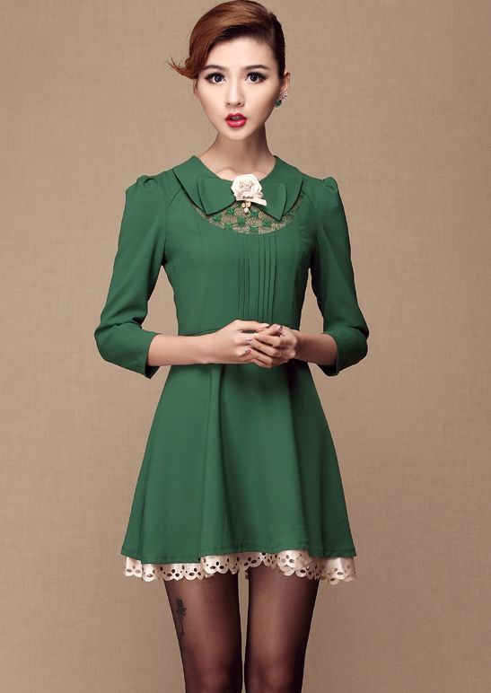 Green Lapel Long Sleeve Lace Applique Dress