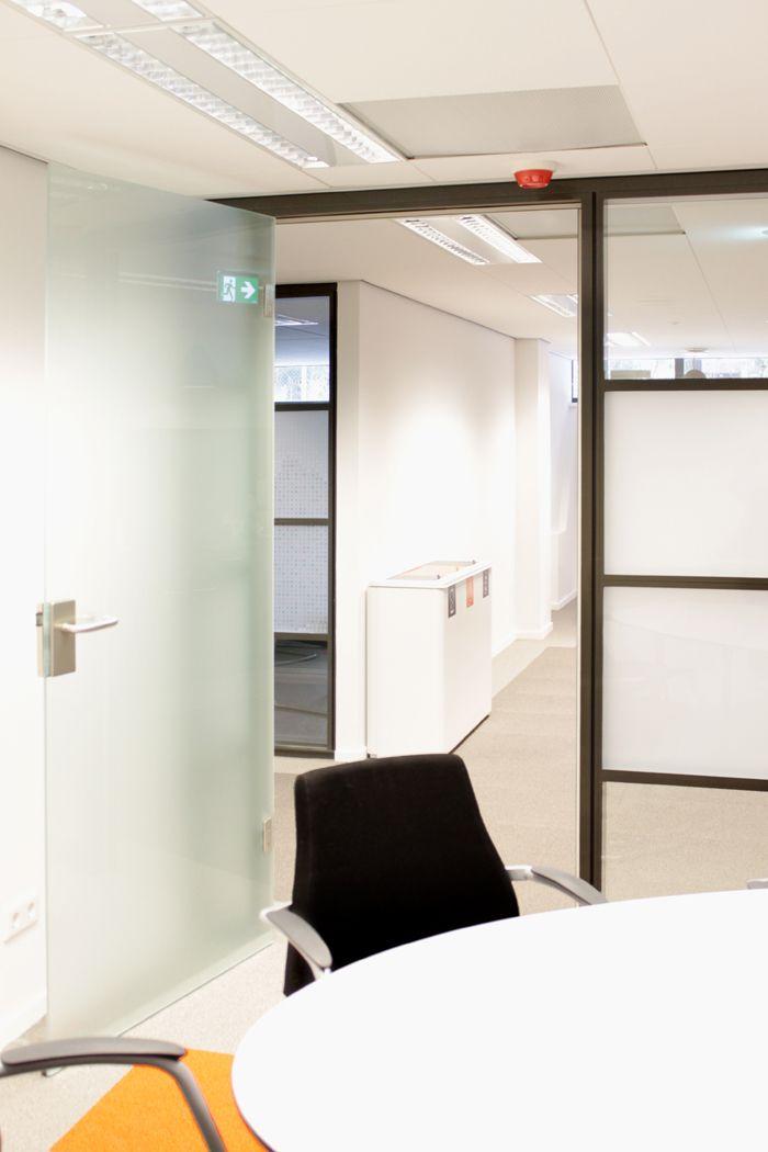 Verbouwing van Servicecentrum Overschie in Rotterdam is met goed resultaat opgeleverd.