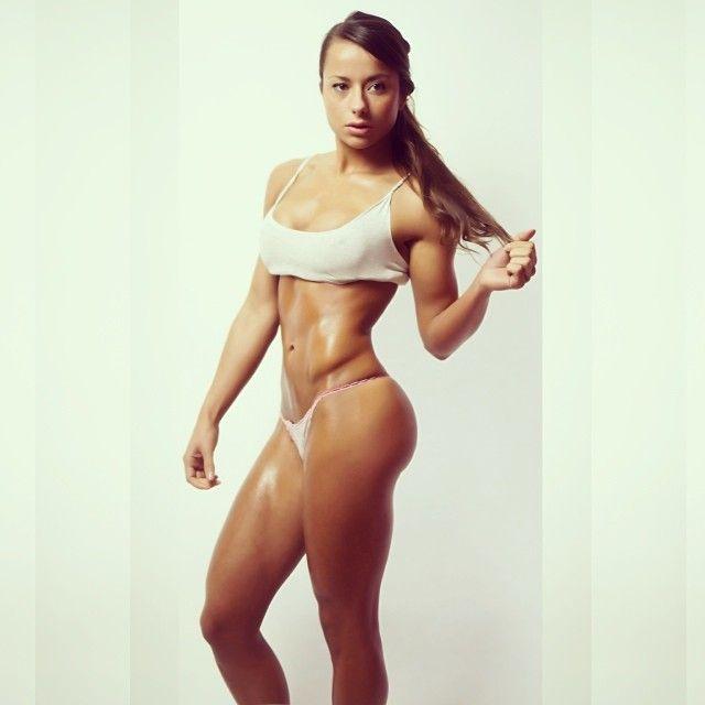 Sandra Prikker Pics - Ripped Dutch Fitness Model's Best