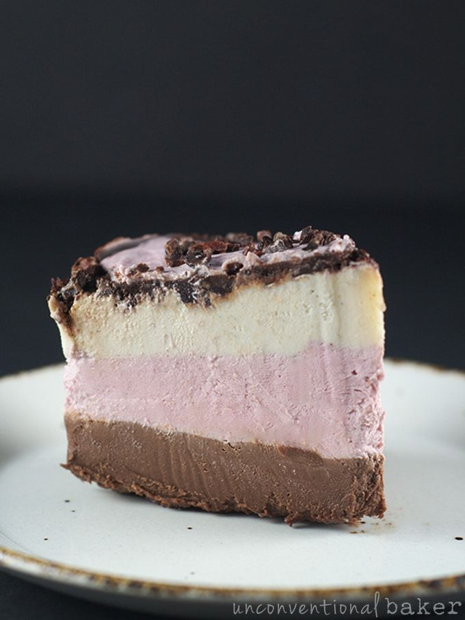 {Gluten-Free, Vegan, Paleo, Refined Sugar-Free} You guys are going to love me for this -- a paleo, gluten-free, and raw vegan neapolitan cake! So perfect f