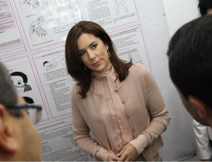 24 OCTOBER 2014 Crown Princess Mary of Denmark visits Tajikistan HRH Crown Princess Mary, in her role as patron of the WHO Regional Office for Europe, visits Tajikistan 23-24 October 2014.