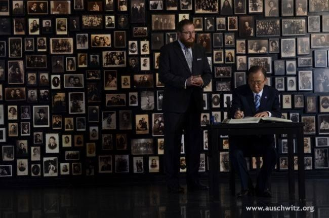 The UN Secretary-General, Ban Ki-moon, visited the Auschwitz Memorial Site and Museum on November 18. The visit, above all, paid tribute to victims of the camp but also emphasized the importance of the UN work for tolerance, peace and genocide prevention.   More: http://en.auschwitz.org/m/index.php?option=com_content&task=view&id=1146&Itemid=7