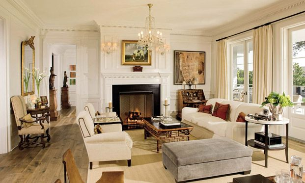 Американская кинозвезда Роб Лоу показал AD свой особняк в Лос-Анджелесе и рассказал, как строится его домашняя жизнь.