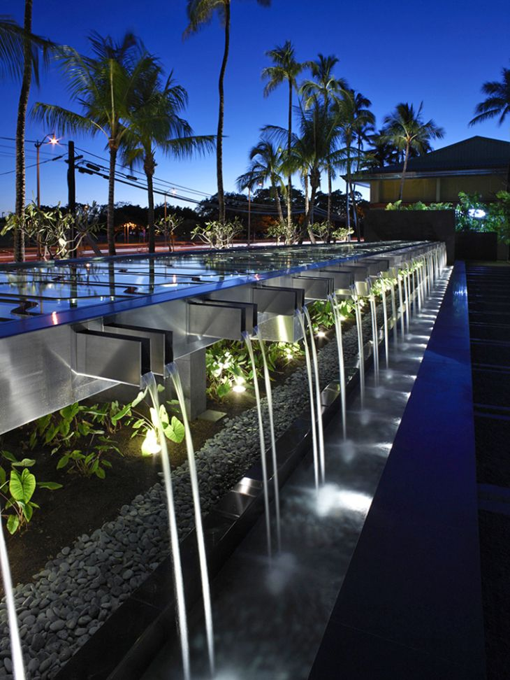 ART DIRECTOR'S CUT, APRIL 26 | Landscape Architecture Magazine | IBM Honolulu Plaza by Surfacedesign, winner of a 2015 ASLA Professional Honor Award for General Design. Photo credit: Marion Brenner, Affiliate ASLA.