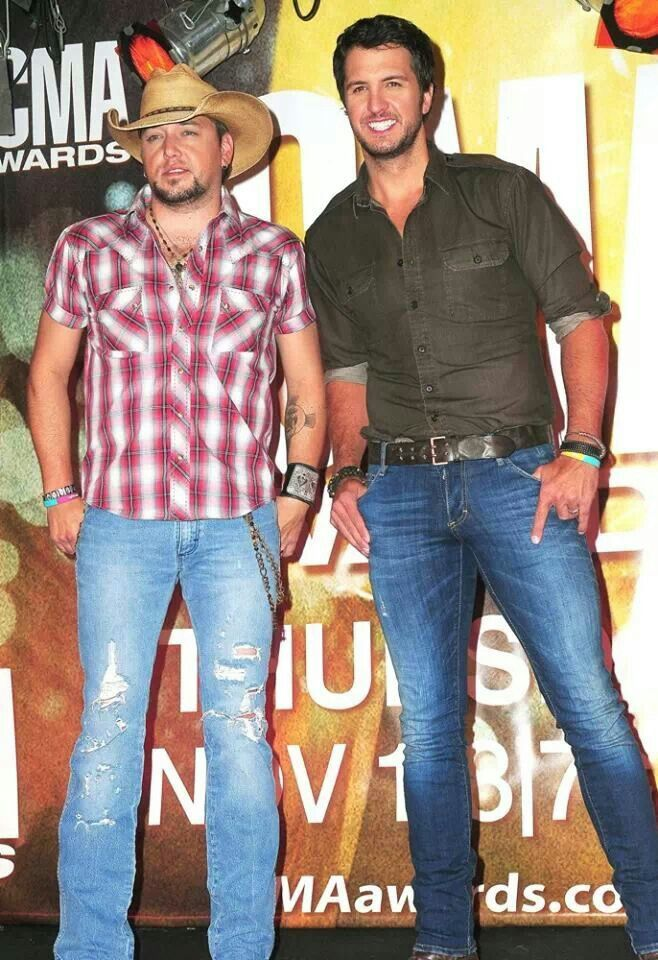Yummy men of country my favorite shows people for How many kids does luke bryan have