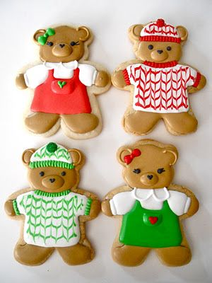 Cute Christmas Teddy Bears in Jumpers and Sweaters Iced Decorated Sugar Cookies #cookieart