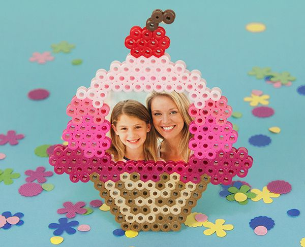 Mom and Me Cupcake Photo Frame Perler Project Pattern - Perler®
