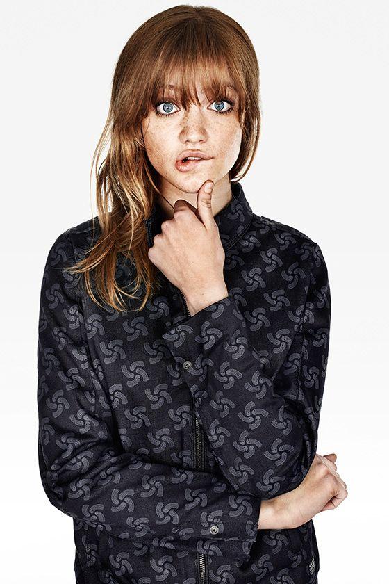Stefani wears the Printed Fallden Bomber Jacket in Mazarine Blue. #rawfortheoceans