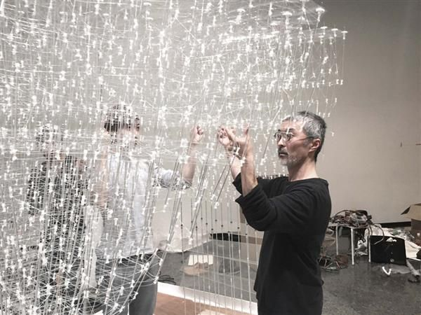 3ders.org - Tokyo students develop 3D printing pen that can make large, complex architectural structures | 3D Printer News & 3D Printing News