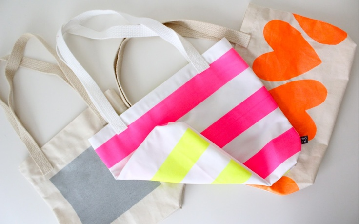 TUTORIAL: Neon Painted, BOXED-out TOTES | MADE, tutoriales y más!