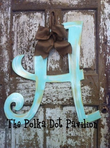 Shabby InitialCrafts Ideas, Doors Hangers, Doors Decor, Initials, Inital Wreath, Dots Pavilion, Crafts Ideal, Crafty Things, Christmas Ideas
