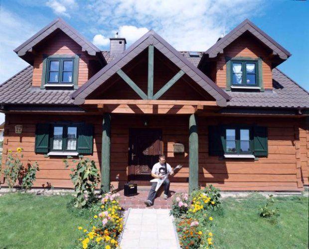 Dom cały z drewna