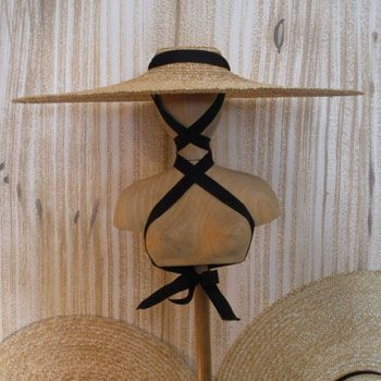LavandiereChapeaux, the traditional French straw hat worn while harvesting lavender.