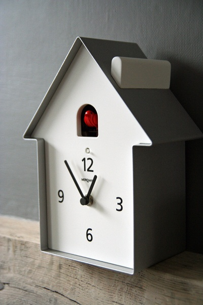 Simple Meridiana Cuckoo Clock - please can I have one too!